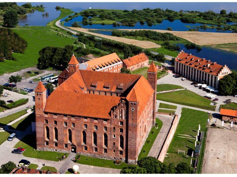 Zamek Gniew Pałac Marysieńki Noclegi Konferencje Szkolenia